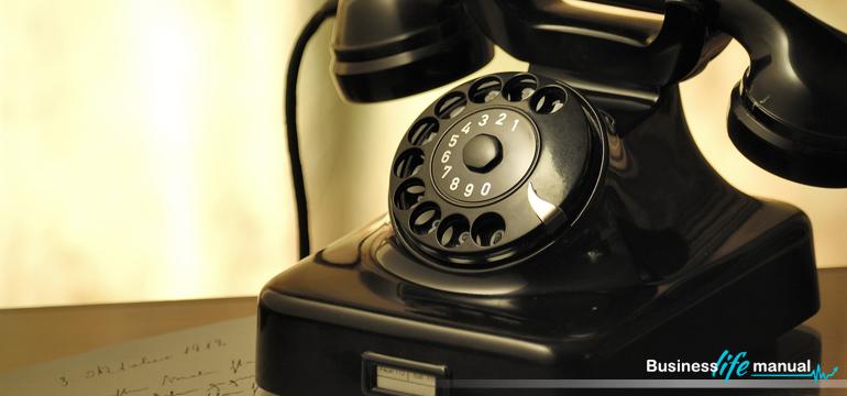 9 sekretów, które pomogą Ci lepiej poprowadzić trudną rozmowę przez telefon