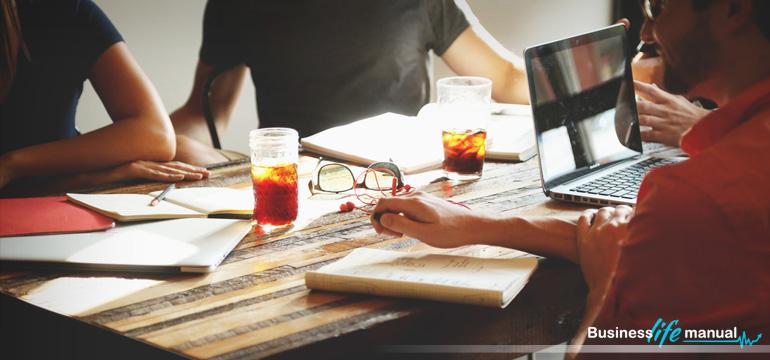 5 rzeczy których nie wolno robić w nowej pracy