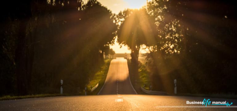 10-pytań-które-zdefiniują-Twoją-właściwą-ścieżkę-w-życiu